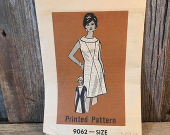 Vintage Marian Martin sewing pattern 9062 dress pattern from the 1960's, vintage mail order sewing pattern from Marian Martin,