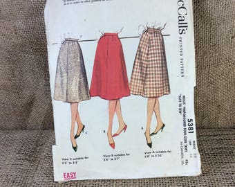 Vintage McCalls skirt pattern, McCalls pattern 5381, retro skirt sewing pattern, 1960's skirt pattern, sewing patterns from the 60's