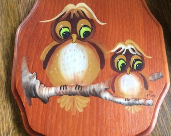 Vintage owl decor, 1970's wooden owl plaque, owl collectors, pair of owls, kitschy vintage owl decor, wooden vintage plaque, cute owl deco