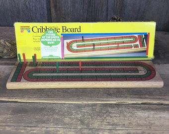 Vintage Pavilion Cribbage board, 1992 Cribbage board, vintage games, travel games, vintage Cribbage, basic cribbage board, wood cribbage