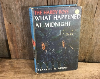 Vintage Hardy Boys What Happened at Midnight copyright 1932 by Grosset and Dunlap, The Hardy Boys mystery series by Franklin W. Dixon