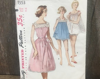 Vintage Simplicity pattern 1553 primer, pattern from the 50's, vintage Uncut pattern, vintage nightie pattern, vintage nightgown, 1950's sew