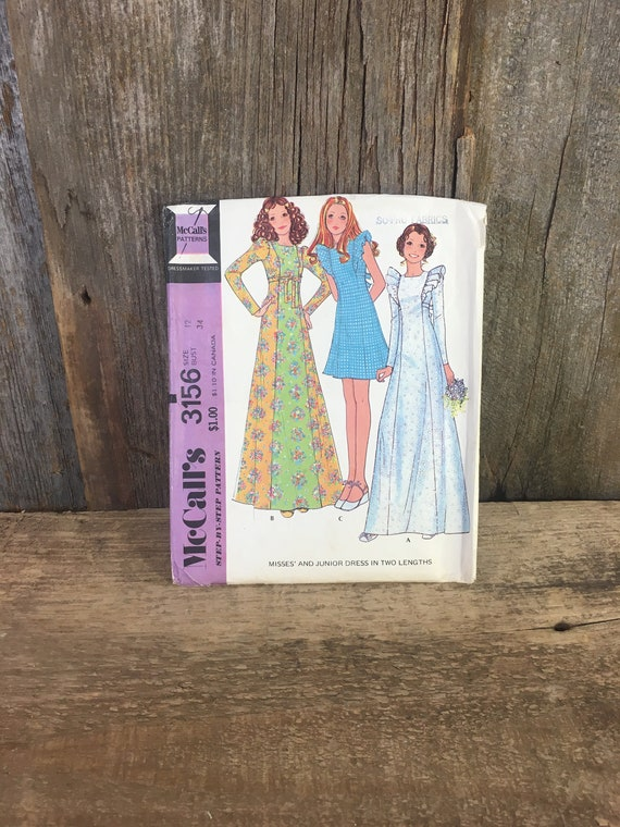 Vintage McCalls Misses and Junior dress pattern, McCalls 3156, vintage sewing pattern from 1972, junior girls sewing pattern from the 70's