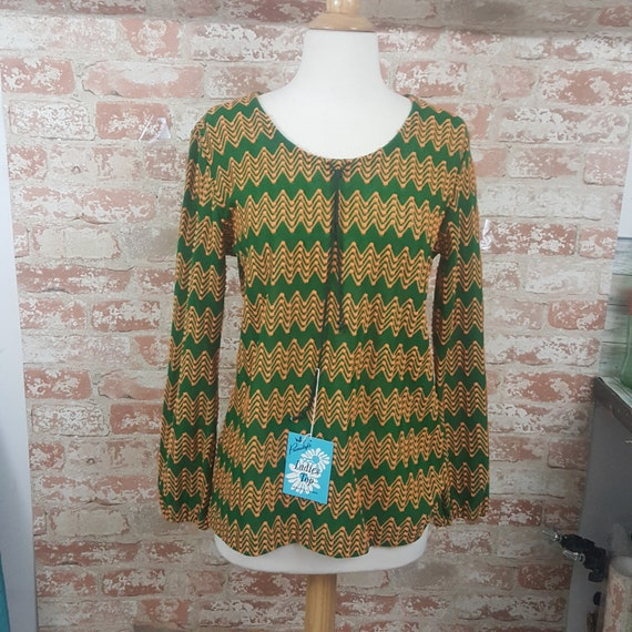 Super vintage with tags Primstyle Green and Gold Acrylic top, vintage 1970's ladies blouse, Woolworth Primstyle acrylic textured blouse