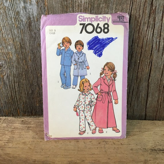 Simplicity 7068 sewing pattern, size 5 little boys and girls sewing pattern, children's pajama pattern, kids pajama and robe sewing pattern