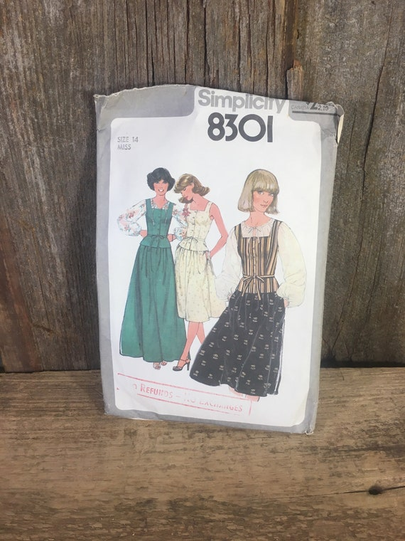 Vintage Simplicity 8301, sewing pattern from 1977, size 14 vintage dress pattern, misses pull over blouse, camisole and skirt in two lengths