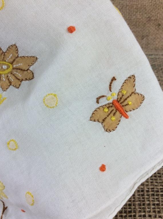Vintage handkerchief, vintage 1960's handkerchief, vintage accessories, flowers and butterflies, embroidered hankie, vintage dainty hankie