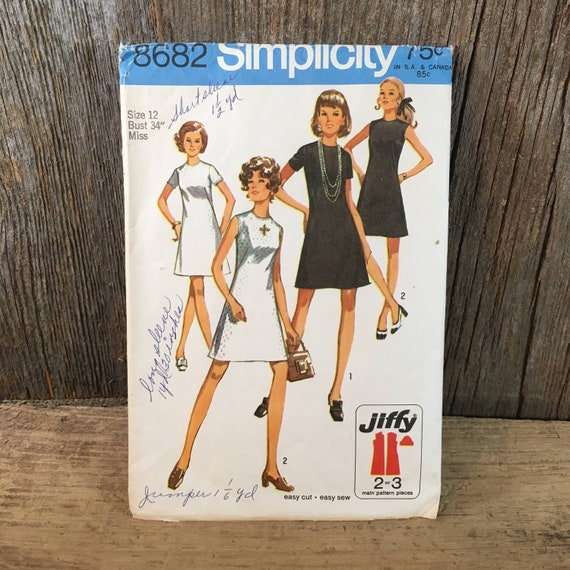 Vintage Simplicity 8682 sewing pattern from 1970 misses jiffy dress, collarless dress sewing pattern, 1970's dress pattern, 70's style cloth