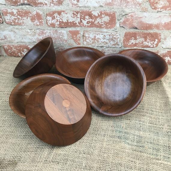 Beautiful set of six wooden salad bowls, vintage wood salad bowl set, vintage wood decor, wood bowls, salad bowls made of wood