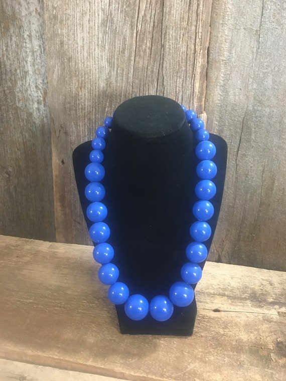 Vintage NYC Lydell deep blue beaded necklace, vintage beaded necklace, Lydell NYC necklace, blue beaded jewelry, chunky necklace,