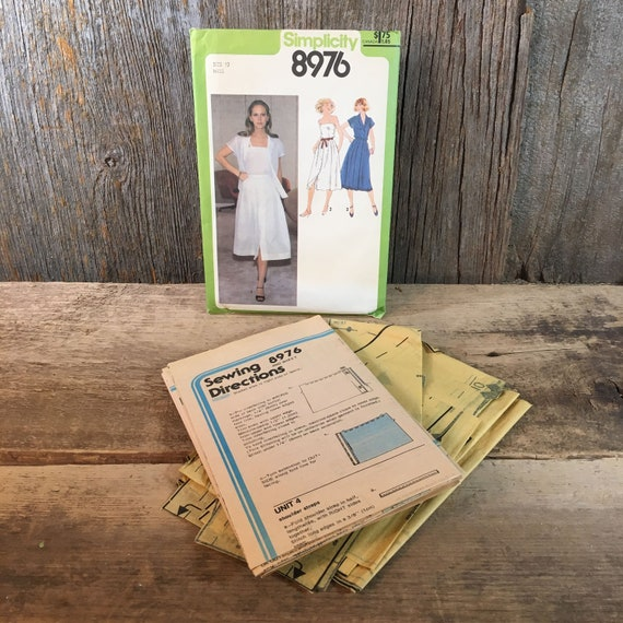 Vintage Simplicity 8976, sewing pattern from 1979, shirt, camisole and skirt, vintage 70's complete outfit sewing pattern, retro pattern