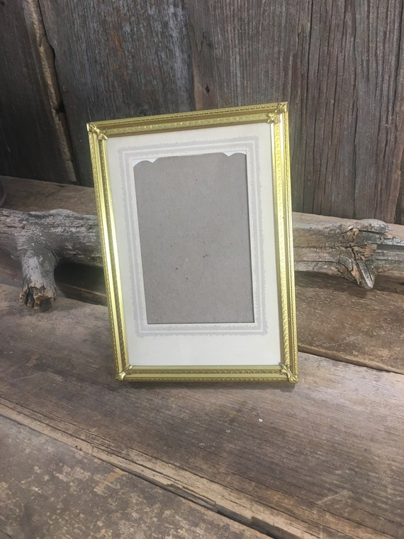 Vintage gold toned picture frame, vintage table top delicate designed gold picture frame, 5 x 7 vintage frame, wedding gift, vintage gifts,