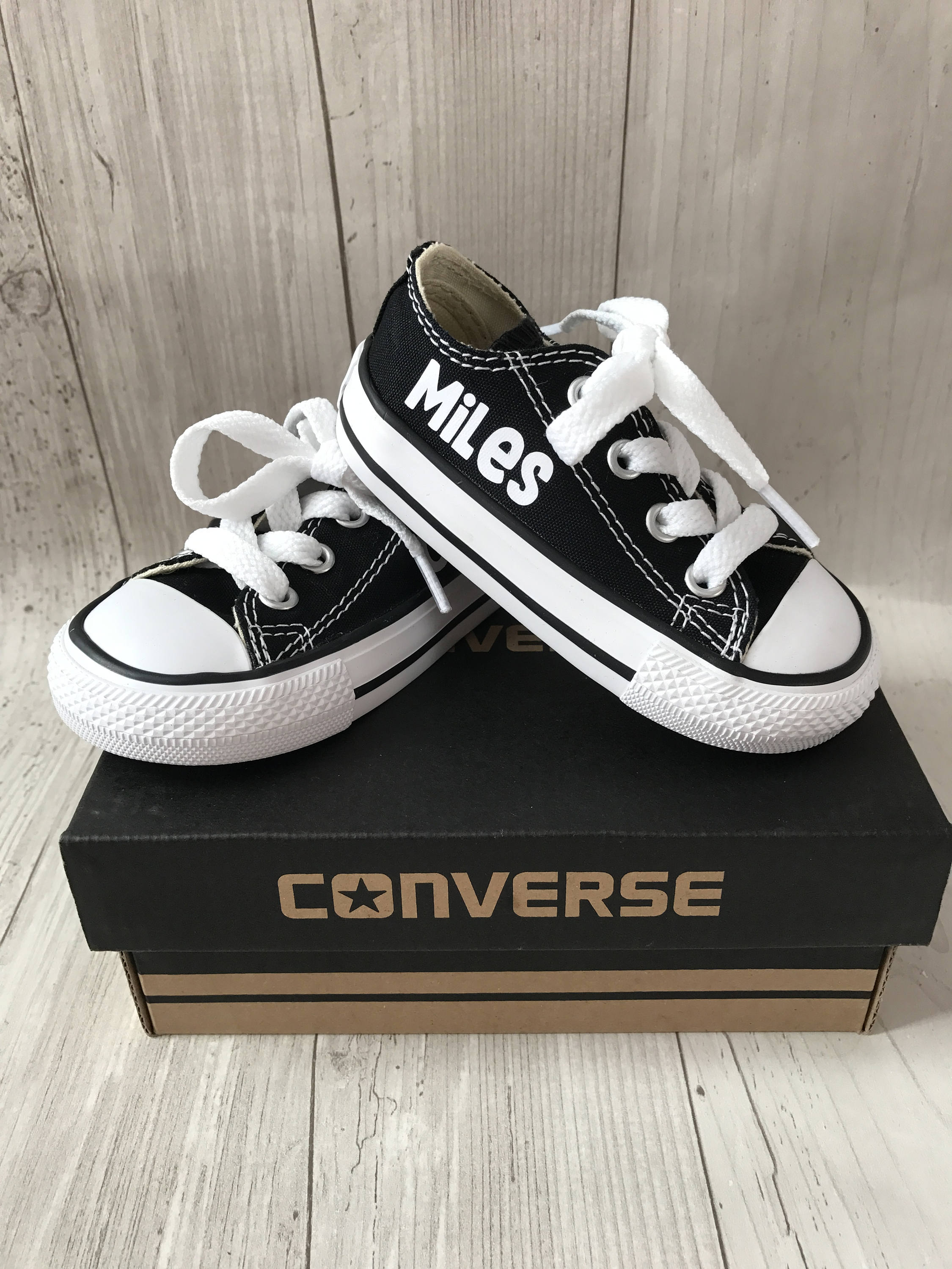 55bd9ca1402dfb Personalized kids shoes personalized chuck taylors