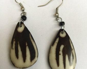 Pearr Shaped design Bone Bead Earring