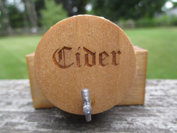 Dollhouse Miniatures Large Wooden Wine Beer Barrel Wooden Stand With Tap The Engraved Word Cider