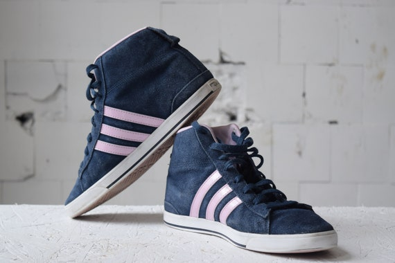 Blue Pink ADIDAS high top skate shoes, vintage trainers, sport shoes, hiphop shoes, EUR 40, athletic shoes, tie sneakers.