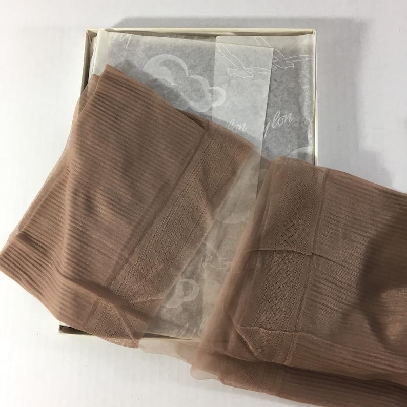 60s Heels Vintage Medium Thigh High Stockings Taupe Haze Reinforced Toes Hosiery VR Van Raalte 30 Flextop Size 4 Pairs New Box