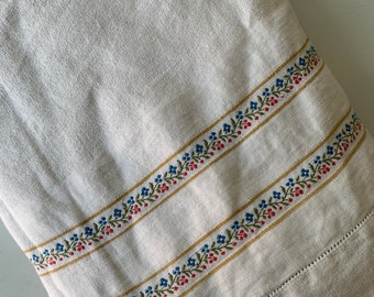 62x52 Embroidered Floral Double Edge Lace Ribbon Linen Table Cloth/Vintage Linen Blend Table Cloth