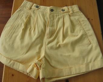 SUNDAY SALE   -   Vintage Liz Shorts