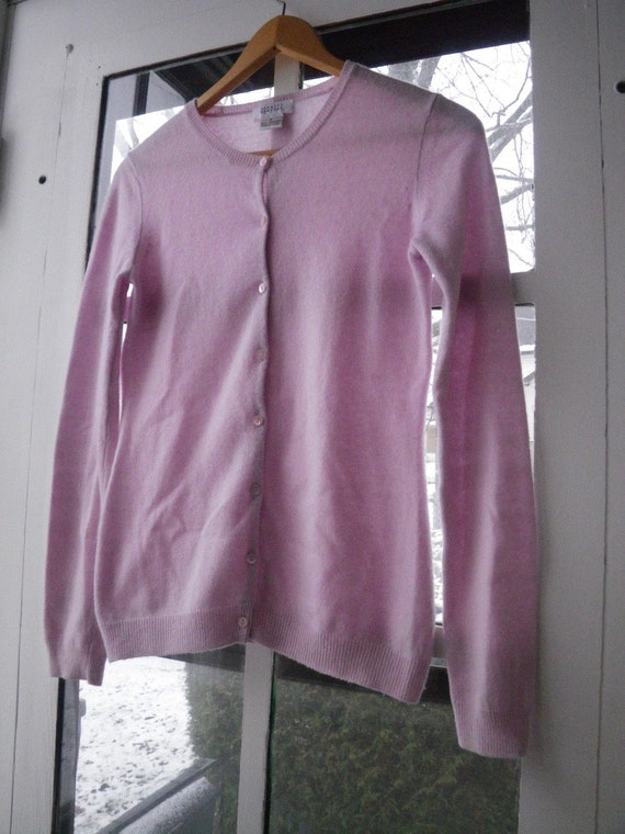 Women's or girl's Pink Cashmere Sweater