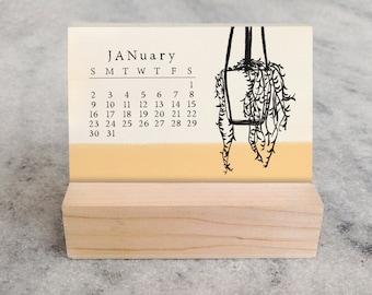 House Plants 2022 Mini Desk Calendar | Small Desk Calendar 2022 | Monthly Calendar | fiddle leaf, monstera, succulents, stocking stuffer