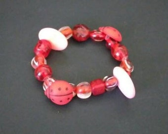 "Red Beaded ladybug button Chunky bracelet, 6"" bracelet/anklet, stretch, handmade, recycled, gift for girls, gift for teens"