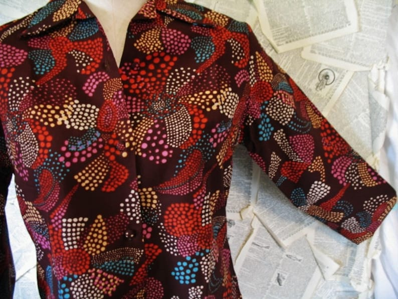 Women's 1960's Asian Mod Polka Dot Flower Power Prince Label Button Down  Blouse Medium