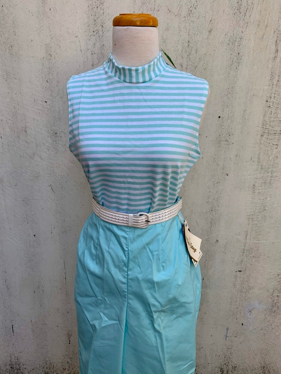 Vintage DEADSTOCK 1950s Aqua Dream Side Zip Capri