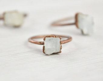 Raw Aquamarine Ring, Aquamarine Crystal Ring, Natural Aquamarine Ring, Uncut Stone Ring, March Birthstone Ring, Raw Aquamarine Jewelry