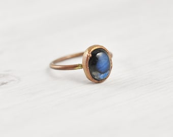 Labradorite Ring Healing Crystal Ring 6.5 Blue Stone Ring Copper Raw Crystal Jewelry, Dainty Ring Gemstone Labradorite Jewelry Bohemian Ring