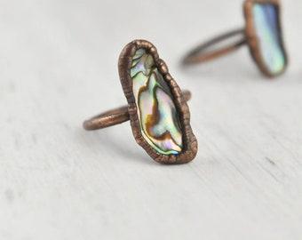 Large Abalone Ring, Paua Shell Ring, Abalone Shell Ring, Abalone Stone Ring, Abalone Gemstone Ring, Iridescent Ring, Natural Shell Ring