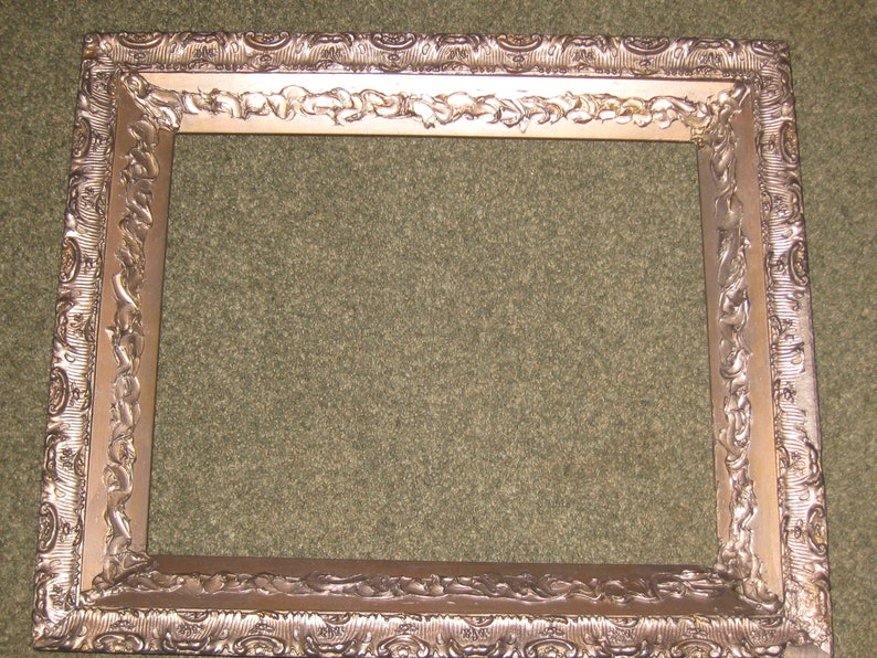 ANTIQUE WOOD GESSO Victorian Picture-Art Frame 23 34 x 27 34 Outside 17 14 x 21 12 Inside Image Size Glass Size No Glass Gold Color