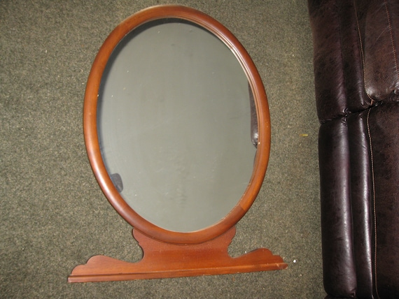 Large Antique Wood Frame Oval Mirror Top Of Dresser Mirror 33 12 X 26 34 Wood Back Slight Hazing To Mirror