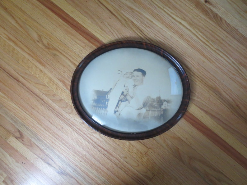 ANTIQUE OVAL FRAME Convex Glass Father And Baby Antique Photograph Houses In Background 18 x 15