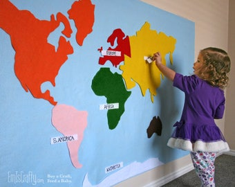 Montessori Felt Map of World Continents. Spanish, French, English or German Labels + hanging strips. Montessori Waldorf Learning Tool Toy