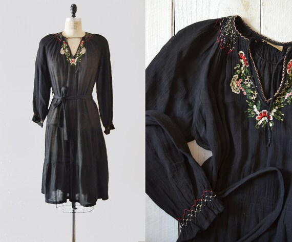 1950s Cotton Black Peasant Dress / vintage peasant