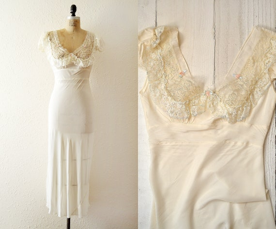 1950s maxi slip dress / vintage lace detail slip n