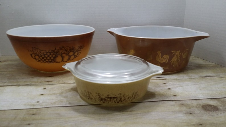 Forest Fancies Instant Pyrex Collection 1970s Old Orchard Early America Brown Pyrex set