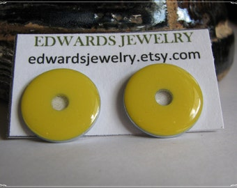 Small Washer Post Earrings Yellow 3009