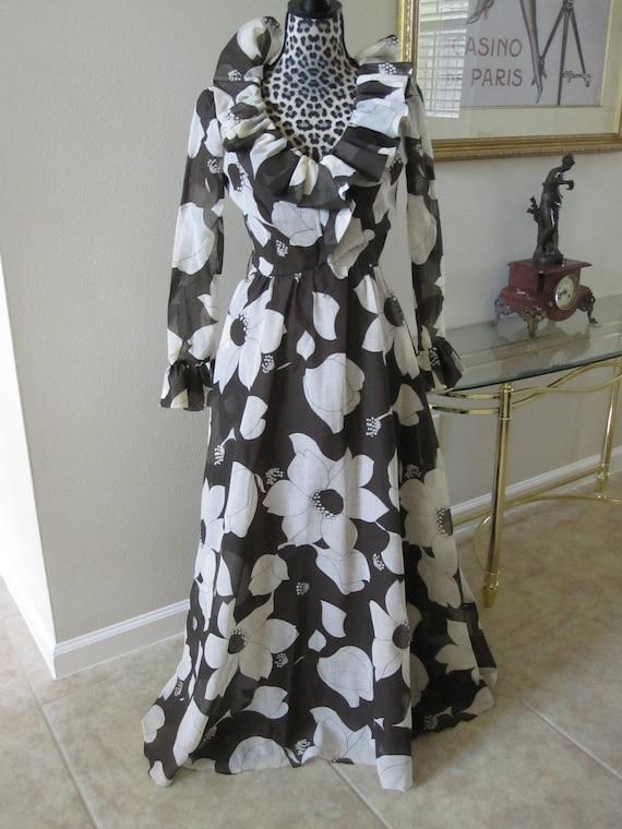 RUFFLED COCO CALIFORNIA Dress Long Sleeves