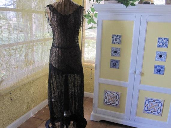 1930s BLACK LACE DRESS - image 6