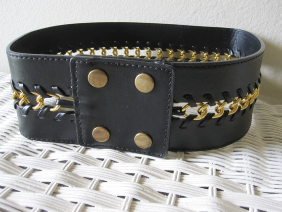 WIDE BLACK LEATHER Chain Belt