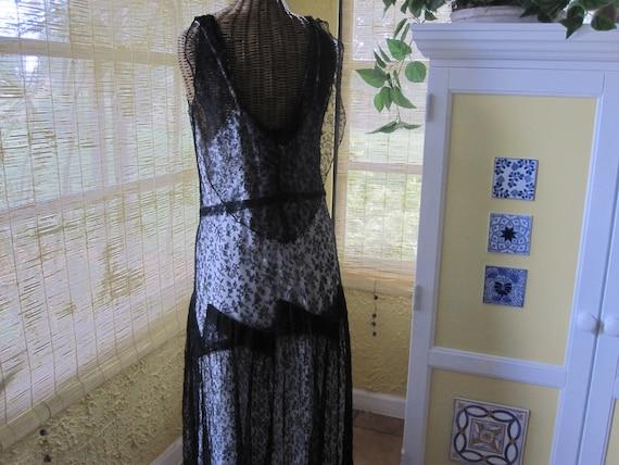 1930s BLACK LACE DRESS - image 7
