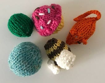 Mixed Bag Catnip Cat Toys-100% Wool (5/Package)