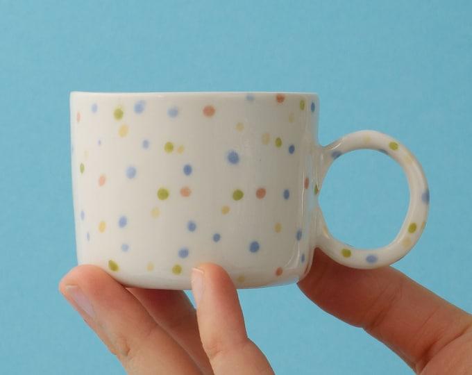 Cups, Mugs & Tumblers