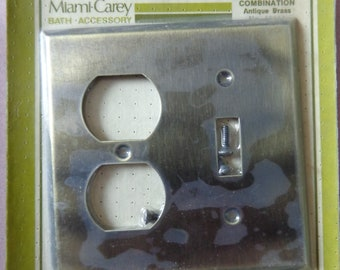 NEW OLD STOCK VINTAGE MIAMI CAREY TOWEL BAR BRACKETS SQUARE SHIPS FREE