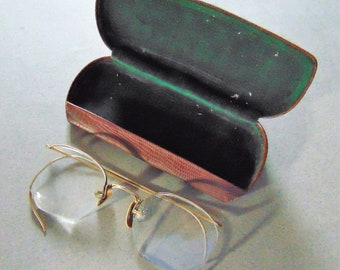 01feb4f46fa5 A O vintage wire rim Eye Glasses