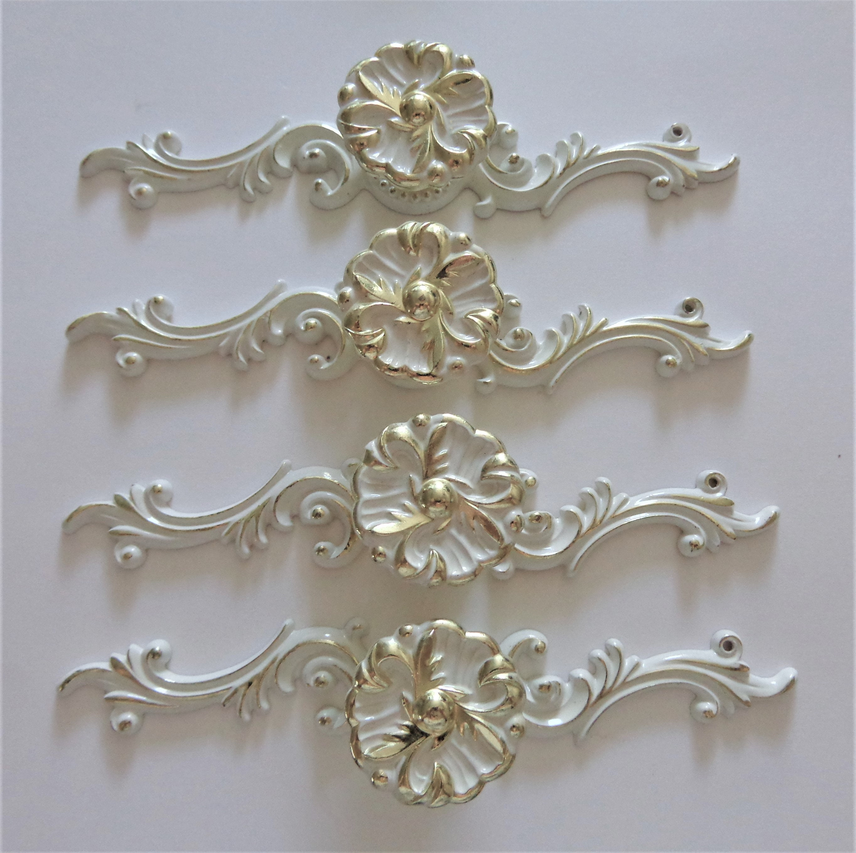 Vintage French Provincial Flower Knobs Back Plates 4 White