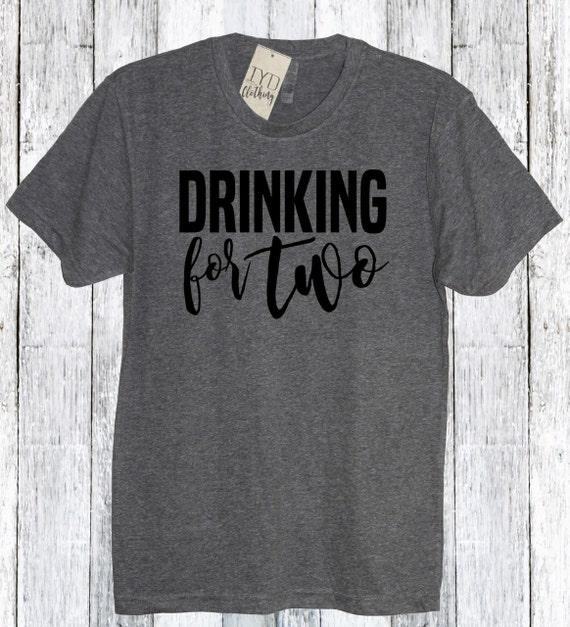 76f3a370e8 Trinken für zwei Shirt Baby Daddy Shirt mein Mann Hemd | Etsy