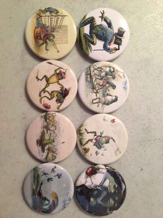 8 Frog, toads, frogs, reptiles, SET 4 pinbacks, magnets, or flatback buttons.  You choose.